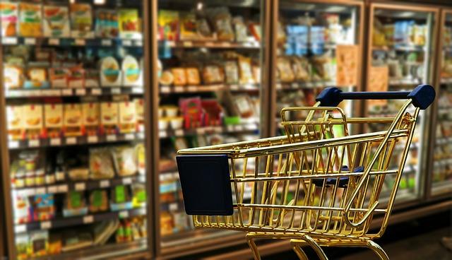 Koop boodschappen bij verschillende supermarkten